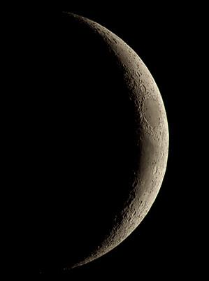 Moon_185850_g6_ap50rsbl